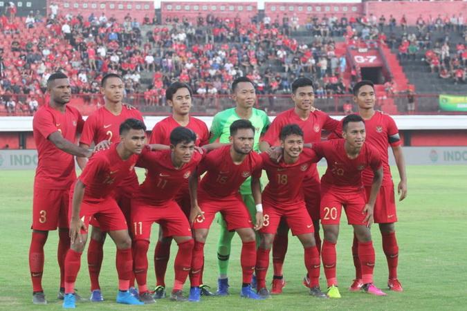 https: img.okezone.com content 2019 10 15 51 2117136 timnas-indonesia-u-22-tergabung-di-grup-neraka-pada-sea-games-2019-YLhHxZuGEY.jpg