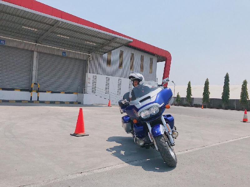 https: img.okezone.com content 2019 10 15 53 2117053 kampanye-safety-riding-khusus-moge-digelar-astra-honda-jateng-di-semarang-5ICqiQFXgx.jpg