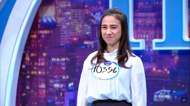 https: img.okezone.com content 2019 10 15 598 2117406 ketemu-ari-lasso-di-indonesian-idol-2019-remaja-ini-gugup-FMIAfULgh7.jpg