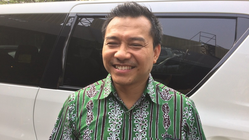 https: img.okezone.com content 2019 10 16 33 2117511 hot-gosip-tetangga-anang-ikut-indonesian-idol-hingga-kasus-jeremy-thomas-J4YjSr5UGX.jpg