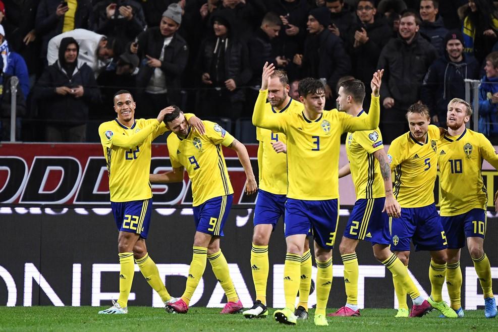 https: img.okezone.com content 2019 10 16 51 2117558 nyaris-bungkam-spanyol-pelatih-swedia-alami-perasaan-campur-aduk-dSfqmxzaEl.jpg