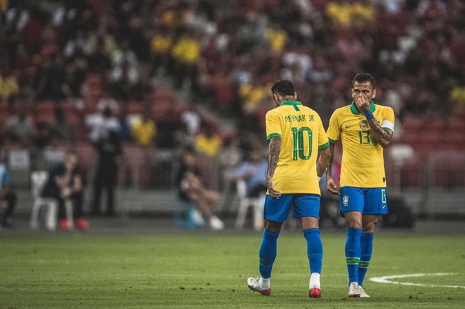 https: img.okezone.com content 2019 10 16 51 2117721 penyebab-man-united-tak-jadi-gaet-neymar-pada-musim-panas-2019-7IBeTgRpTG.jpg
