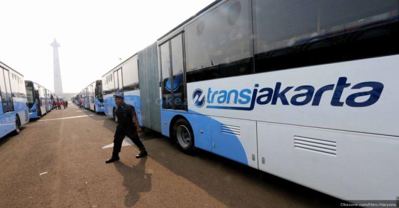 https: img.okezone.com content 2019 10 17 338 2118376 dishub-dki-klaim-bus-transjakarta-zhongtong-layak-mengaspal-84uvlAYqFl.jpg