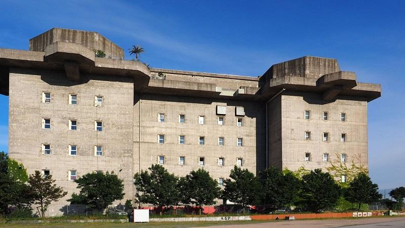 https: img.okezone.com content 2019 10 18 406 2118756 hotel-mewah-ini-ternyata-bekas-bunker-nazi-zaman-perang-dunia-ii-cVTPPKYpEc.jpg