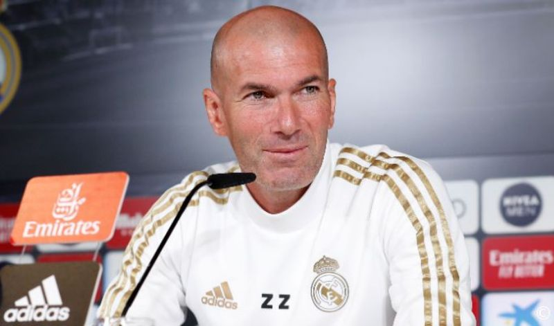 https: img.okezone.com content 2019 10 19 46 2118954 el-clasico-ditunda-zidane-kapan-pun-kami-siap-bermain-3eVDwdT6WR.jpg