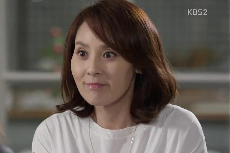 https: img.okezone.com content 2019 10 20 33 2119188 deretan-artis-korea-yang-bunuh-diri-karena-depresi-4CZ0A7xsEb.jpg