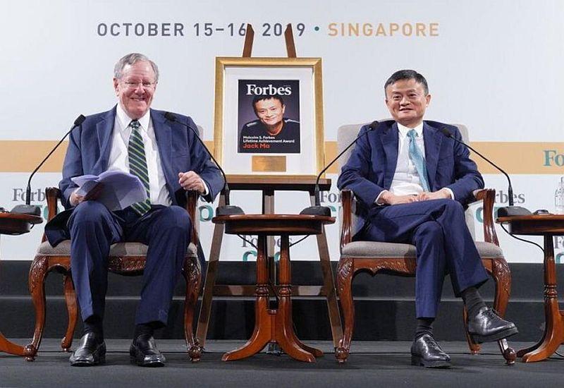 https: img.okezone.com content 2019 10 21 320 2119727 jack-ma-soal-filantropi-di-china-baru-saja-dimulai-GMOSCA198f.jpg
