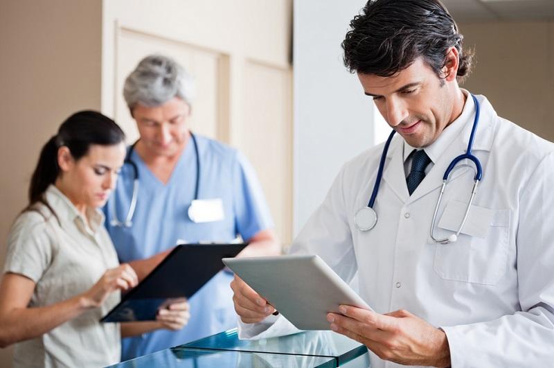 https: img.okezone.com content 2019 10 21 481 2119882 inovasi-dokter-untuk-sehatkan-masyarakat-di-era-4-0-cVAH66I7SF.jpg