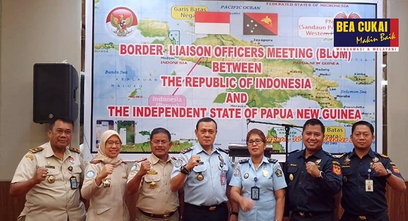 https: img.okezone.com content 2019 10 22 1 2120357 bea-cukai-berembuk-bersama-instansi-pemerintah-atasi-permasalahan-di-perbatasan-indonesia-WwMyNRfD8C.jpg