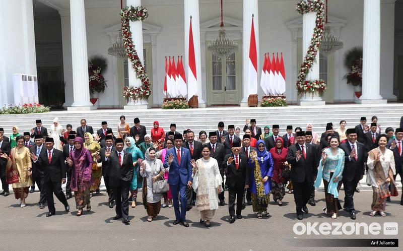 https: img.okezone.com content 2019 10 23 337 2120942 komposisi-kabinet-indonesia-maju-dinilai-sesuai-aspirasi-semua-pihak-piVuHjeAPL.jpg