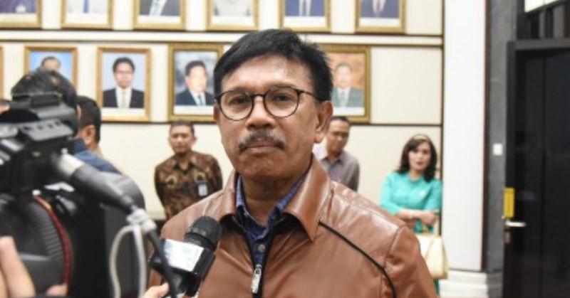 https: img.okezone.com content 2019 10 23 54 2120549 johnny-g-plate-jadi-menkominfo-di-kabinet-indonesia-maju-jokowi-ma-ruf-amin-TCipqELMbi.jpg