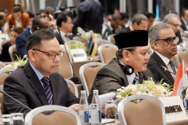 https: img.okezone.com content 2019 10 24 18 2121251 indonesia-serukan-gerakan-non-blok-tegakkan-prinsip-multilateralisme-Emq8qoKqQJ.jpg