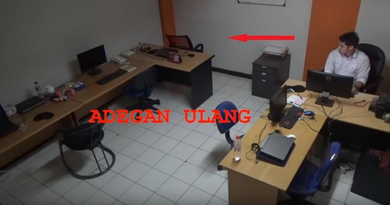 https: img.okezone.com content 2019 10 24 612 2121305 cerita-horor-kursi-geser-sendiri-di-kantor-dan-terekam-cctv-Zegl3l0JoA.jpg