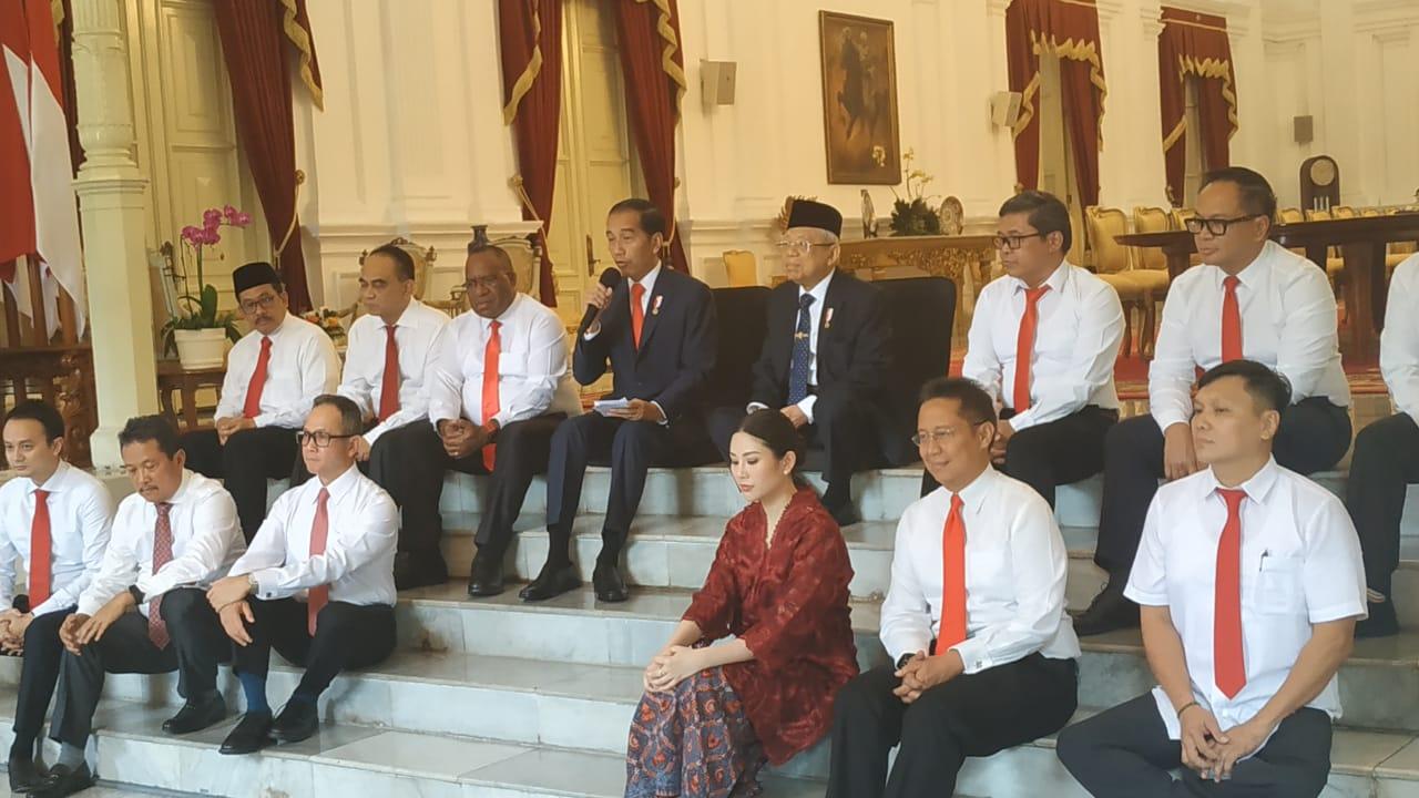 https: img.okezone.com content 2019 10 25 337 2121687 langkah-jokowi-tunjuk-12-wamen-mudahkan-kerja-kabinet-indonesia-maju-4s4JgZXL5Q.jpg