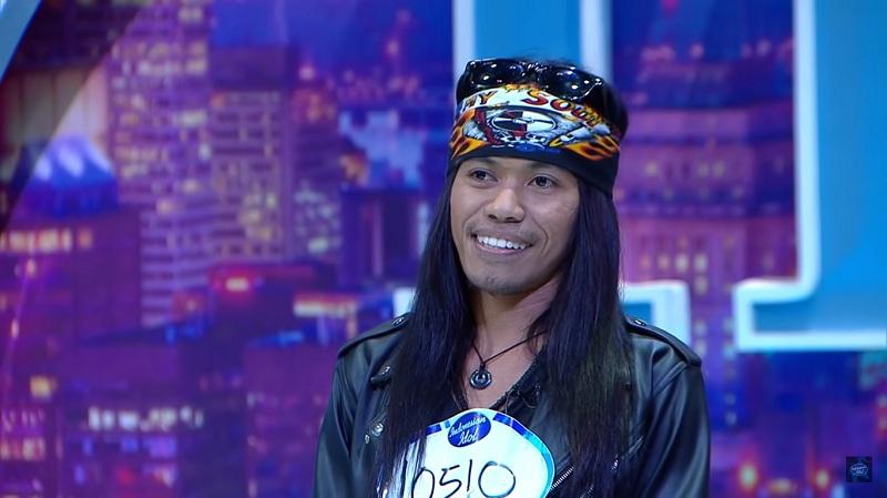 https: img.okezone.com content 2019 10 27 33 2122204 axl-rose-hingga-freddie-mercury-tampil-menggelitik-di-audisi-indonesian-idol-2019-U5PQD5gAtg.jpg