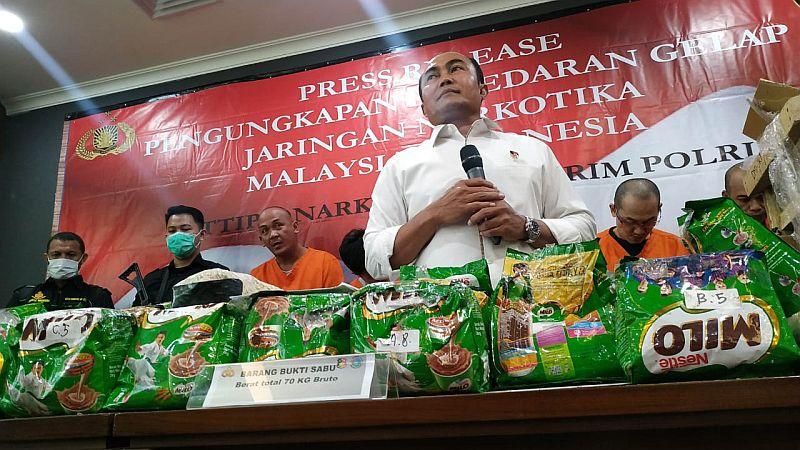https: img.okezone.com content 2019 10 28 337 2122805 bareskrim-tangkap-sindikat-narkotika-jaringan-malaysia-indonesia-JjeTtQuJJE.jpg