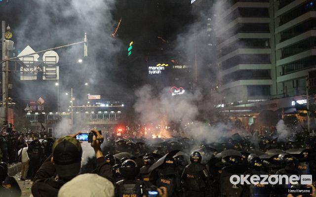 https: img.okezone.com content 2019 10 28 337 2122865 menanti-jerat-hukum-pelaku-kekerasan-aksi-21-23-mei-iVxeQSI7lo.jpg