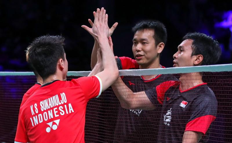 https: img.okezone.com content 2019 10 28 40 2122487 ganda-putra-indonesia-dominasi-gelar-juara-super-500-ke-atas-MRTQc1lW6y.jpg