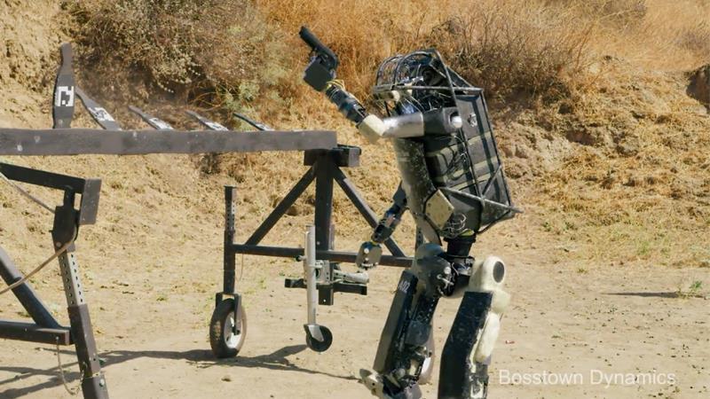https: img.okezone.com content 2019 10 29 56 2123057 robot-bisa-tembak-senjata-api-parodi-bosstown-dynamics-bikin-ngeri-NdkS1VR1Tf.jpg