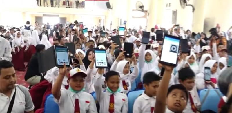https: img.okezone.com content 2019 10 30 207 2123515 kunci-keberhasilan-digitalisasi-sekolah-5ZAUIy2gxR.jpg
