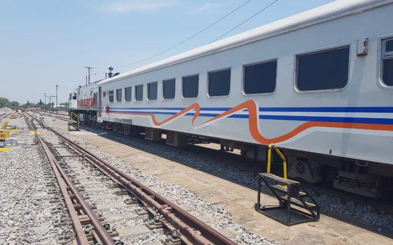 https: img.okezone.com content 2019 10 30 320 2123500 jalur-ganda-kereta-jombang-madiun-beroperasi-hari-ini-iTgtHaQiP4.jpg