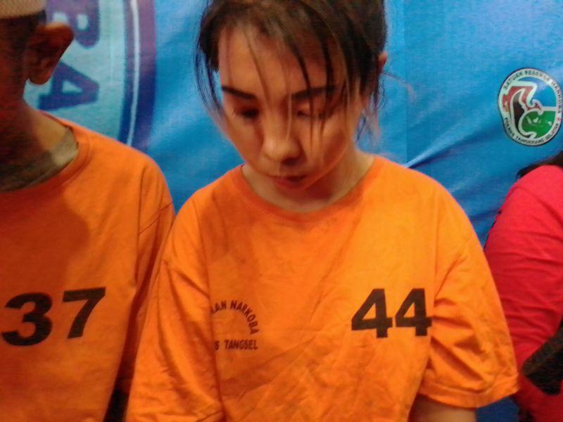 https: img.okezone.com content 2019 10 31 338 2124339 wanita-thailand-yang-selipkan-sabu-di-vagina-ternyata-sindikat-internasional-Gfqgrtoxdh.jpg