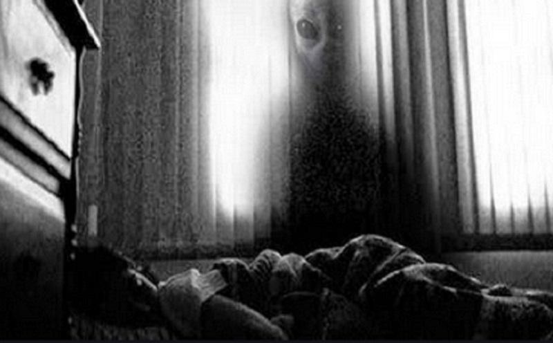 https: img.okezone.com content 2019 10 31 612 2124311 kisah-mistis-ngerinya-menginap-di-hotel-bekas-pembunuhan-sbJ10Z3sV7.jpg