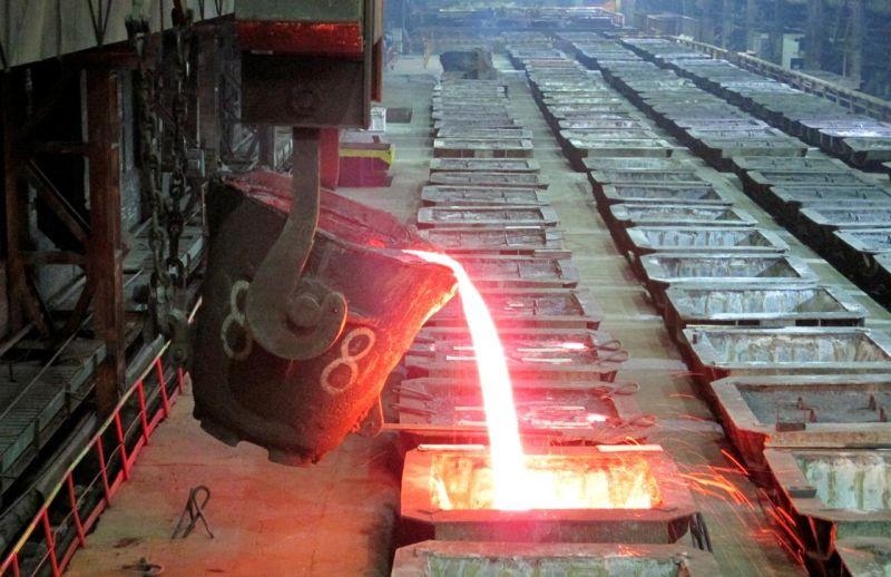 https: img.okezone.com content 2019 11 01 320 2124488 fakta-ekspor-bijih-nikel-disetop-smelter-banyak-dibangun-di-indonesia-f3zPza20SK.jpg