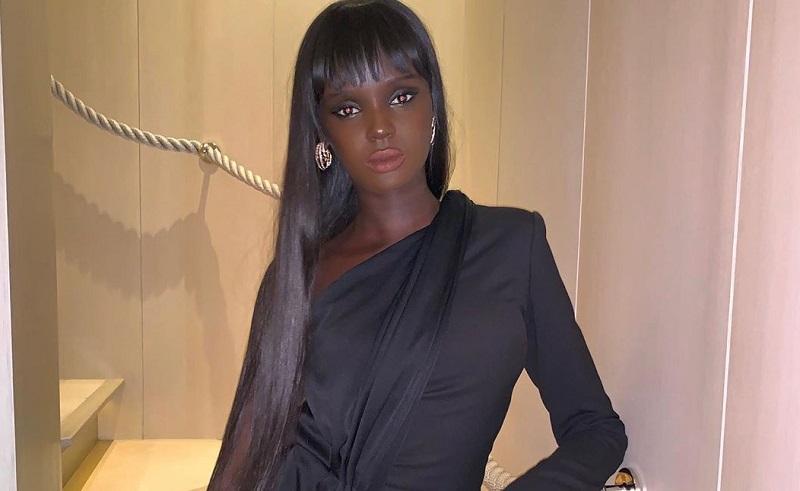 https: img.okezone.com content 2019 11 02 194 2125045 wajahnya-mirip-boneka-barbie-model-asal-sudan-ini-mendadak-viral-EJoZzqnbrf.jpeg