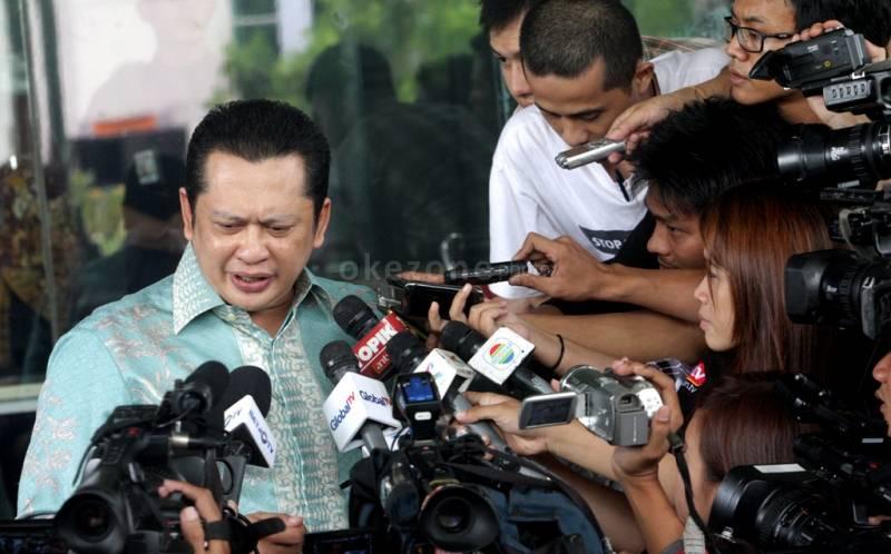 https: img.okezone.com content 2019 11 04 337 2125411 berkaca-kesuksesan-tiongkok-bamsoet-pastikan-gbhn-jawab-tantangan-indonesia-EtEbptAh5E.jpg