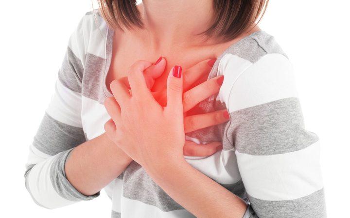 https: img.okezone.com content 2019 11 06 481 2126225 seorang-ibu-muda-kena-serangan-jantung-saat-bantu-anak-kerjakan-pr-RCYR3qLDdr.jpg