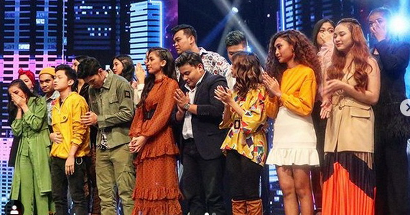 https: img.okezone.com content 2019 11 06 598 2126294 18-peserta-lolos-ke-babak-showcase-indonesian-idol-pekan-depan-1bxyMJ7oEj.jpg