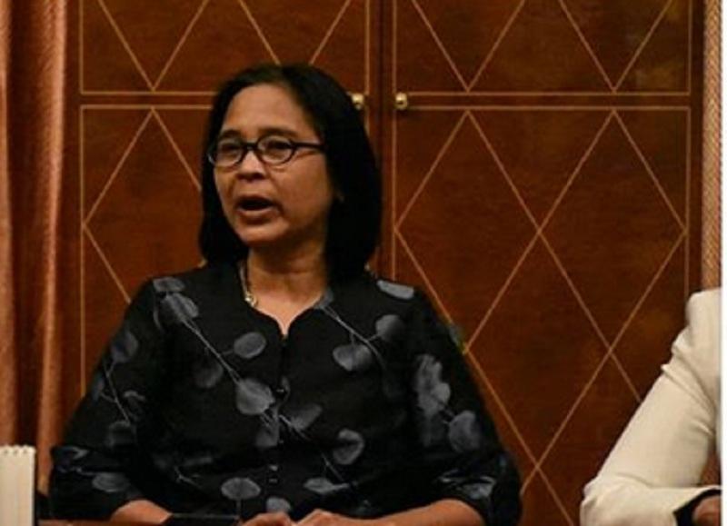 https: img.okezone.com content 2019 11 09 65 2127805 resmi-terpilih-reini-wirahadikusumah-jadi-rektor-perempuan-pertama-di-itb-UHERx5tuG1.jpg