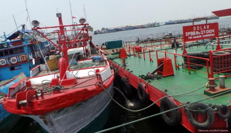 https: img.okezone.com content 2019 11 10 337 2128121 dpr-pastikan-perairan-indonesia-tak-dibanjiri-kapal-impor-Q06LaxY4c2.jpg