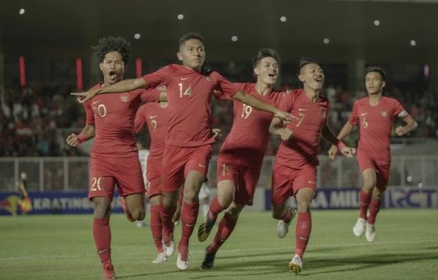 https: img.okezone.com content 2019 11 10 51 2128055 susunan-pemain-timnas-indonesia-u-19-vs-korut-HLO2QjNzgX.jpeg