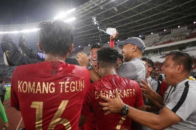 https: img.okezone.com content 2019 11 11 51 2128268 saran-fakhri-husaini-soal-pelatih-timnas-indonesia-u-19-selanjutnya-X6XnMcKgal.jpg