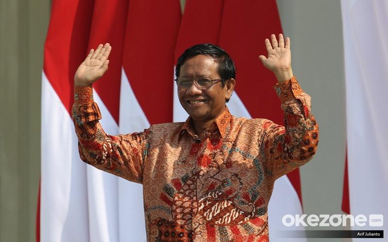 https: img.okezone.com content 2019 11 12 337 2128799 mahfud-md-tidak-ada-bukti-pemerintah-indonesia-mencekal-habib-rizieq-U8UiDv5ZZ2.jpg