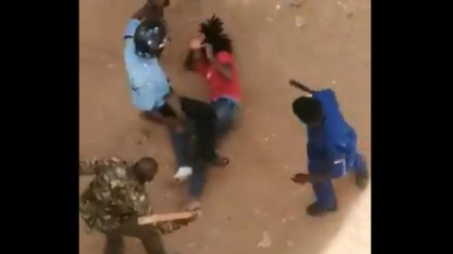 https: img.okezone.com content 2019 11 13 18 2129377 video-4-petugas-pukuli-seorang-mahasiswa-viral-kepala-polisi-terima-kasih-ke-warganet-NTHT28Ti9t.jpg