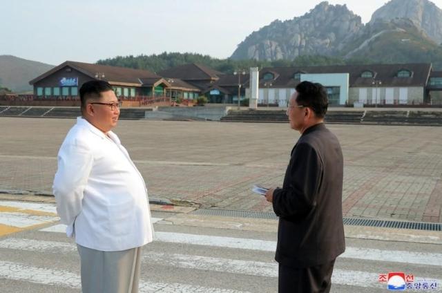 https: img.okezone.com content 2019 11 15 18 2130322 korea-utara-ancam-hancurkan-resor-gunung-kumgang-milik-korsel-el0JinqgvQ.jpg