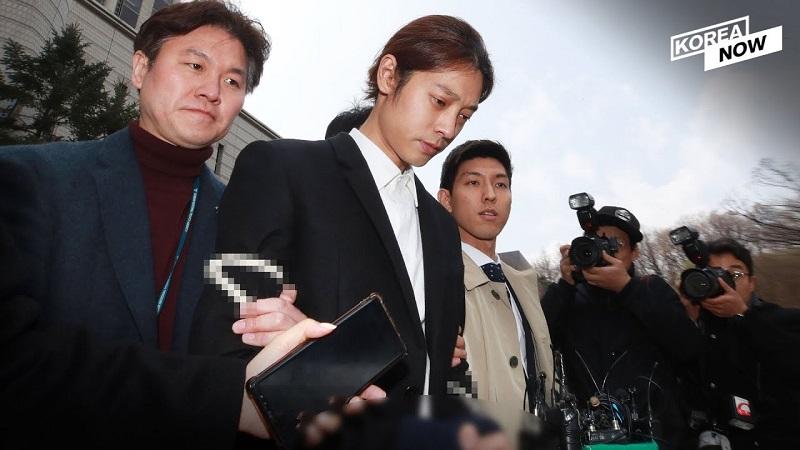 https: img.okezone.com content 2019 11 15 33 2130210 sebar-petisi-publik-berupaya-hukuman-jung-joon-young-dan-choi-jong-hoon-diperberat-EY1DgJXJSF.jpg