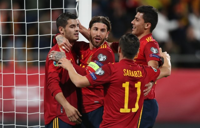 https: img.okezone.com content 2019 11 16 51 2130601 timnas-spanyol-pesta-7-gol-ke-gawang-malta-Xjs8orqHDe.jpg