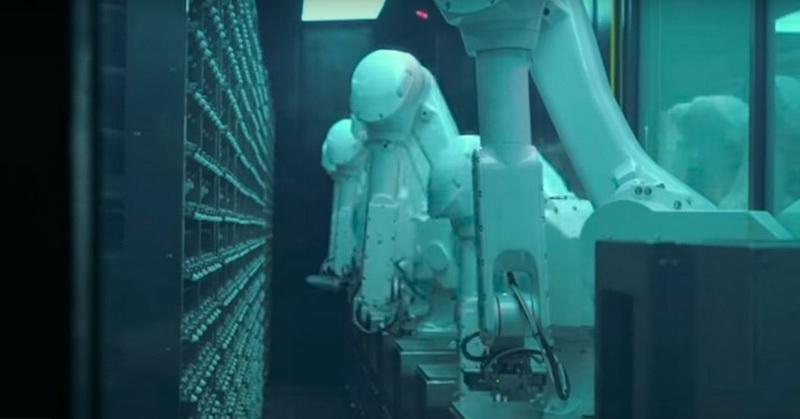 https: img.okezone.com content 2019 11 16 56 2130694 unik-restoran-di-china-gunakan-robot-sebagai-pelayan-IIBSIjq4eM.jpg