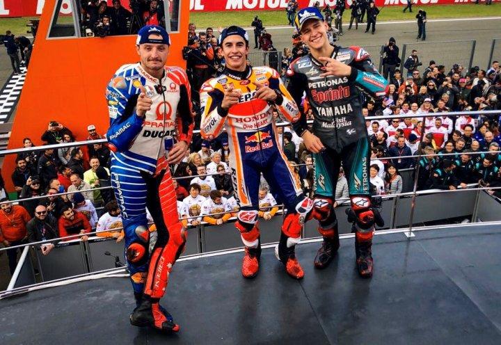 https: img.okezone.com content 2019 11 17 38 2131045 sabet-podium-pertama-di-valencia-marquez-ini-musim-yang-sempurna-lpx2u0ldQX.jpg