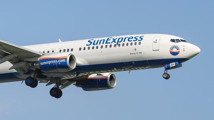 https: img.okezone.com content 2019 11 19 320 2131697 masih-percaya-boeing-sunexpress-pesan-10-pesawat-737-max-jsFIPHep8k.jpeg