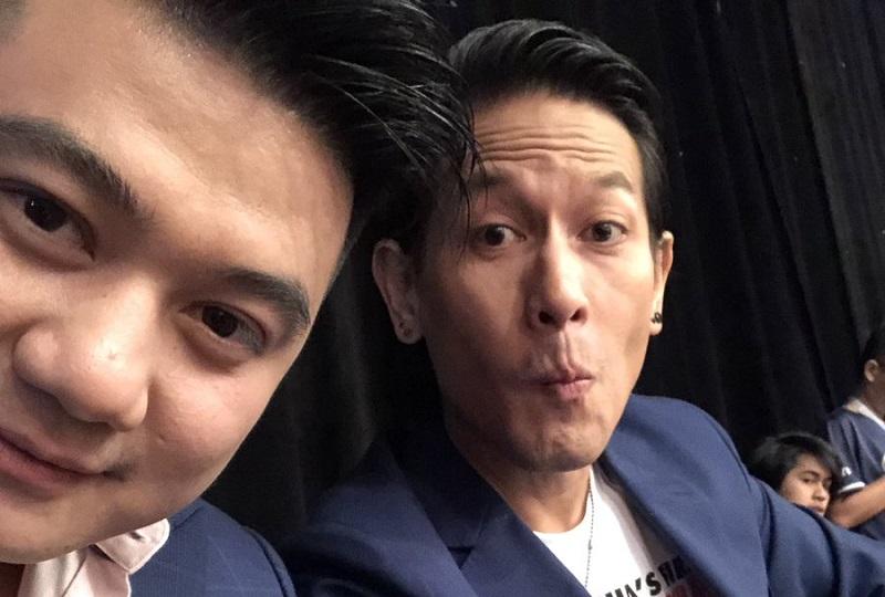 https: img.okezone.com content 2019 11 20 194 2132438 momen-langka-chef-juna-selfie-ala-duck-face-netizen-aduh-gemasnya-Gsi3whtqFM.jpg