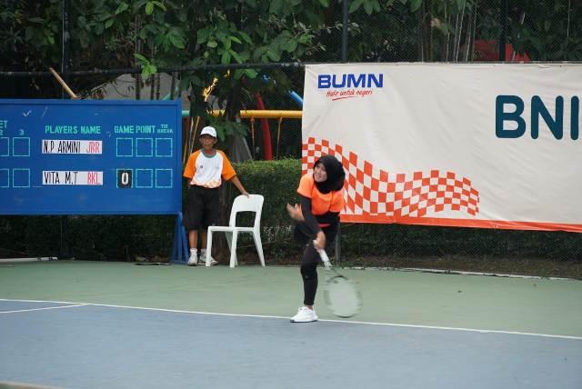 https: img.okezone.com content 2019 11 20 320 2132092 berebut-tiket-sea-games-petenis-nasional-unjuk-gigi-di-bni-tennis-open-2019-ZXooyX9kqs.jpg