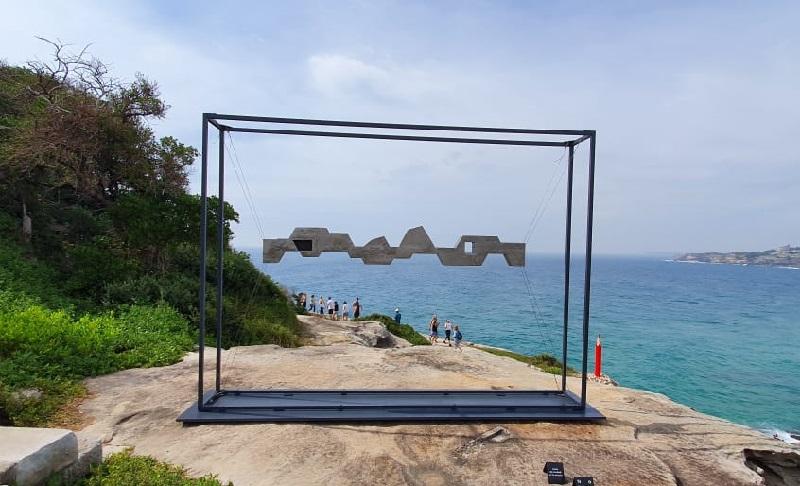 https: img.okezone.com content 2019 11 20 406 2132308 sculpture-by-the-sea-paduan-karya-seni-manusia-dan-alam-di-pantai-bondi-rGvA9nAfT8.jpeg
