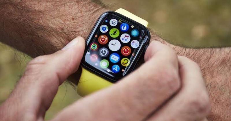 https: img.okezone.com content 2019 11 20 57 2132222 apple-watch-masa-depan-dibekali-fitur-pendeteksi-gerakan-otot-BuSqiCFZLb.jpg