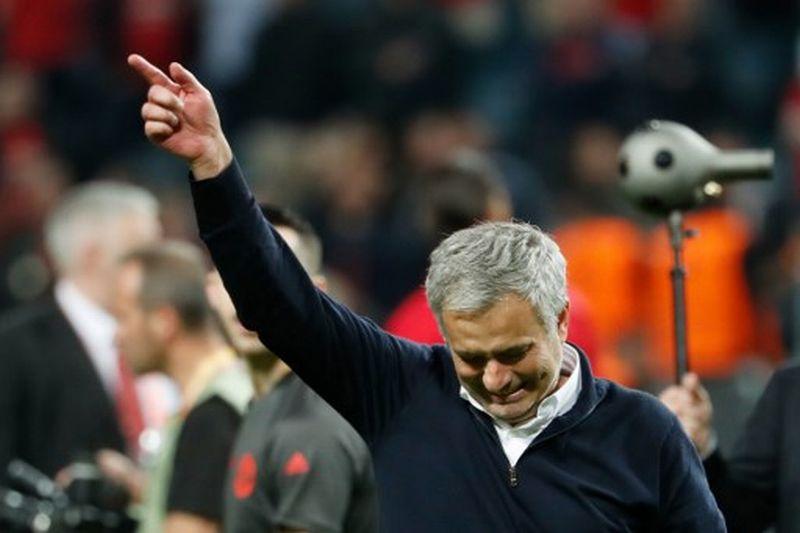 https: img.okezone.com content 2019 11 21 51 2132475 resmi-tangani-tottenham-mourinho-masih-diharapkan-jadi-pelatih-inter-pJa66maiUz.jpg