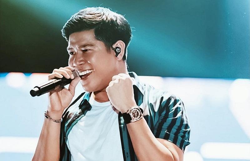 https: img.okezone.com content 2019 11 22 598 2133036 tesa-pingsan-di-semifinal-the-voice-indonesia-nino-ran-kena-prank-mk4GdkkUd6.jpg